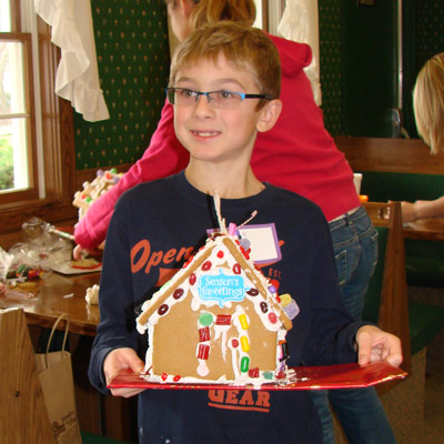 Gingerbread house making class