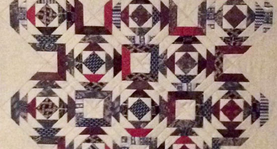 Silk-tie-Pineapple-quilt-section