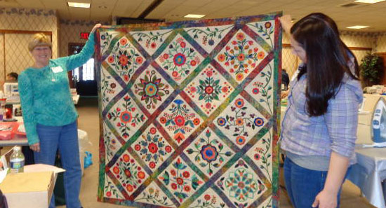 Quilters-Retreat-showing-project