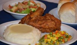 Broasted-Barn-chicken-taters-and-more