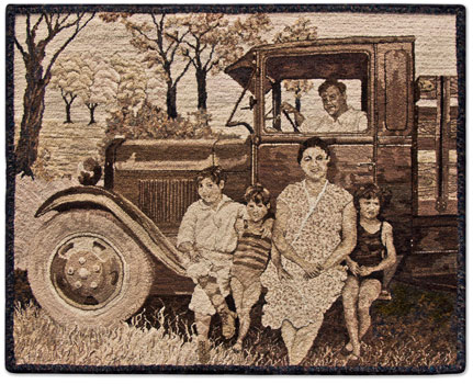 Old-time-family-photo-hooked-rug