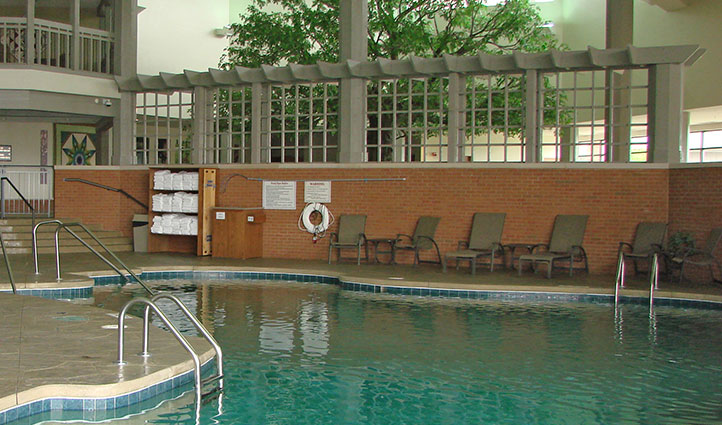 Indoor Pool Sauder Heritage Inn